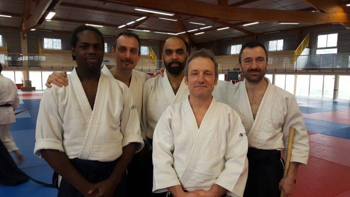 Luc Mathevet et l'équipe du Shoshin Dojo Besançon