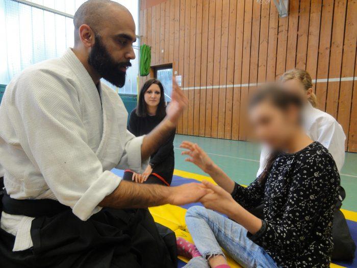 aïkido dégagement saisie main