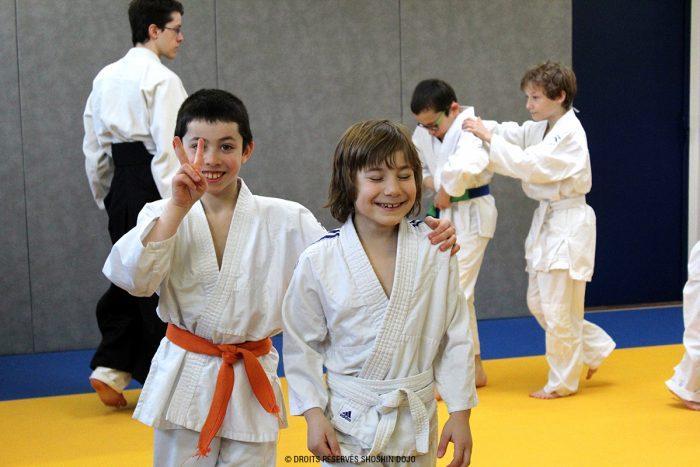 shoshin_dojo_aikido_stage_enfants_exercice_confiance