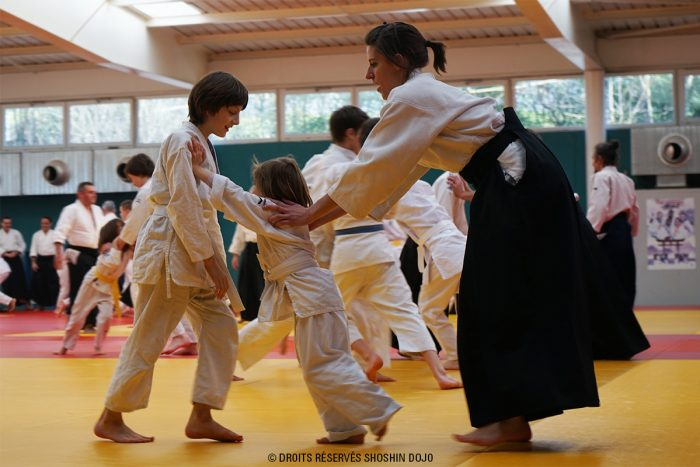 shoshin_dojo_aikido_besançon_fabrice_de_ré_exercice_enfants