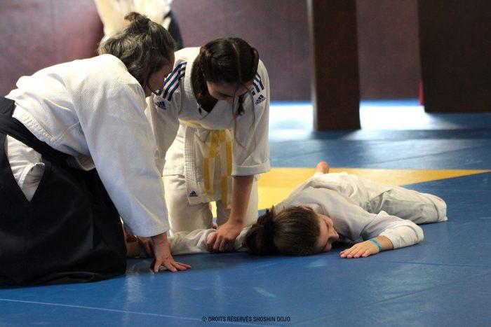 adolescentes lors du stage d'aïkido à Besançon