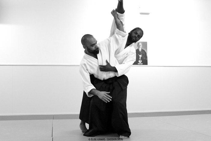 koshi nage durant une séance d'aïkido à Besançon